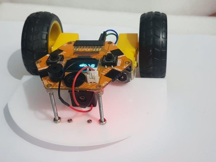Bluetooth Control Car Using Magicbit Pic 1